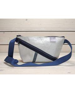 """Handtasche """"Erfde"""" weiß-blau"""